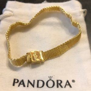 Pandora reflections s925ale gold plated sz 7.5 ❤️